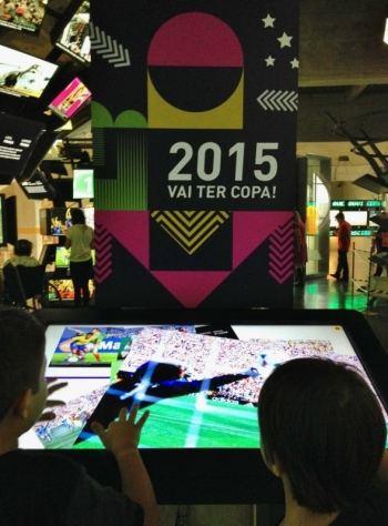 passeio-com-crianca-museu-interativo-museu-do-futebol-em-sao-paulo-foto-nathalia-molina-comoviaja