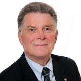 Comox Rotary member Dennis Richardson