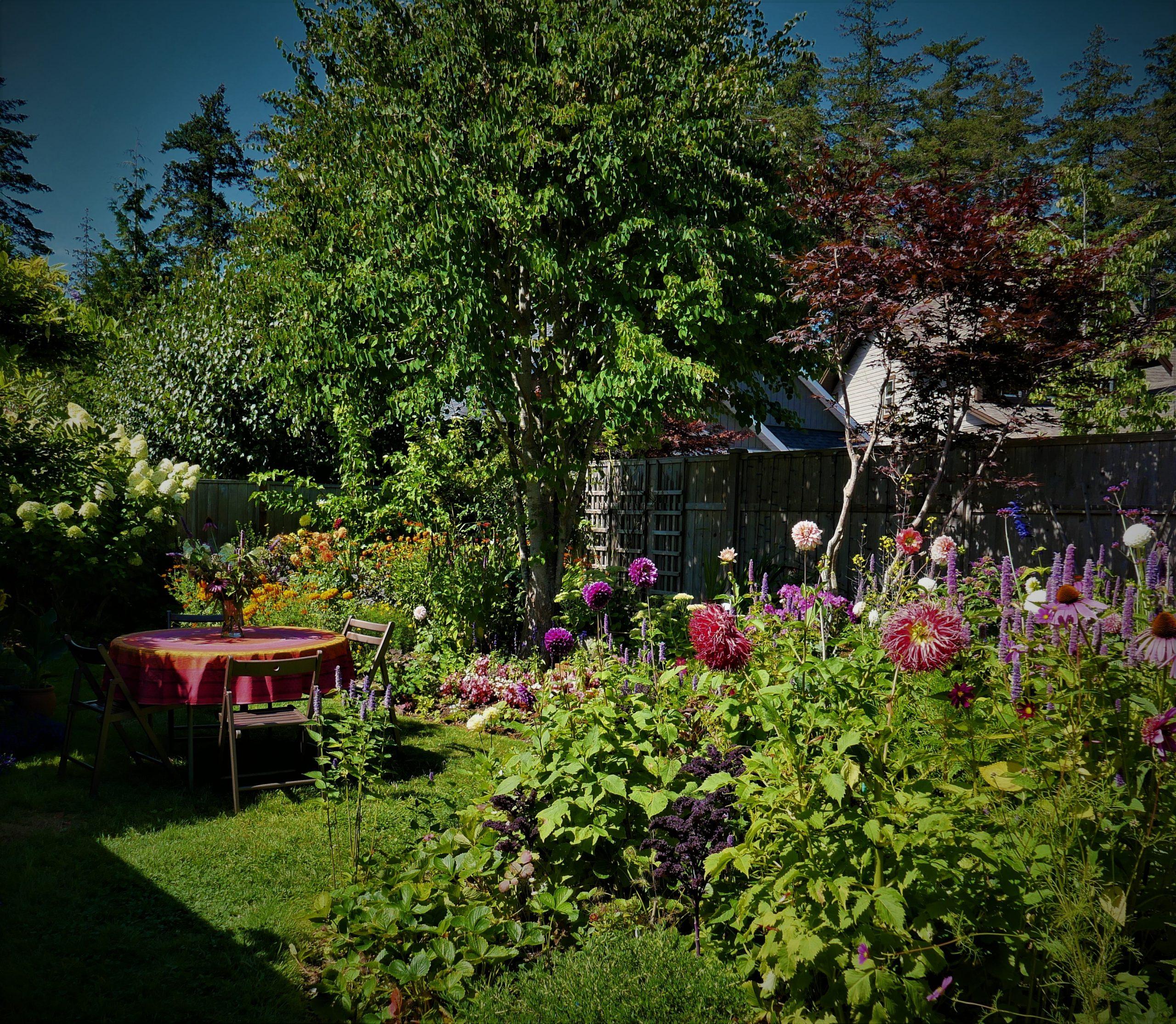 Comox Garden