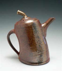 Pottery teapot by Maeva Collins
