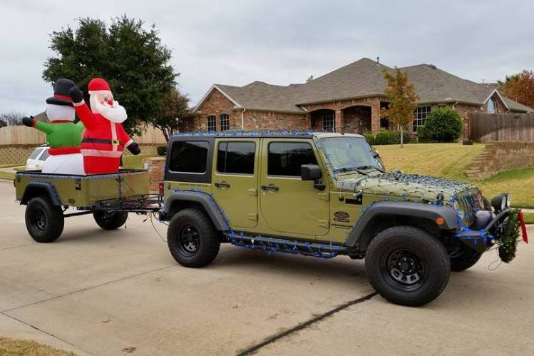 Jeep Trailer by Dinoot Trailers Decorated for Christmas