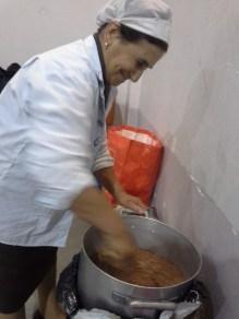 Fantastica zuppa di fagioli offerta dalla signora Rosa dell'Agriturismo Rumanò di Fiumedinisi