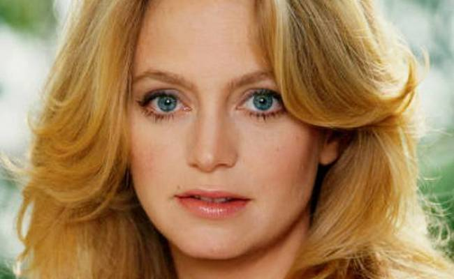 Compare Goldie Hawn S Height Weight Eyes Hair Color