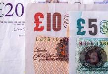 Banknoty funta szterlinga (GBP) o nominale 5, 10 oraz 20