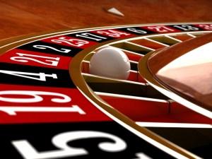 Hazard jest niebezpiecznym zajęciem. Przekonali się o tym profesjonalny golfista oraz pracownik spółki notowanej na NYSE. Ten ostatni trochę czasu może spędzić w więzieniu.