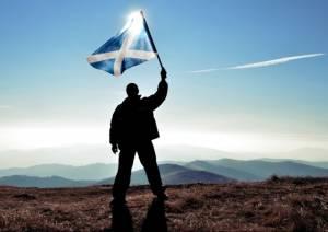 Kurs funta w górę po wyborach w Szkocji. GBP/USD wybija poziom 1,41 dol.