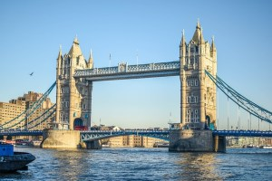 FTSE100: inwestorzy oczekują wzrostów brytyjskiego indeksu - komentarz CMC Markets