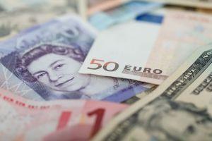 Kurs funta (GBP/USD) korzysta dziś na słowach Broadbenta