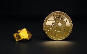 Bitcoin przegania złoto. BTC vs GOLD w tym samym miejscu co przed hossą z 2017 r.