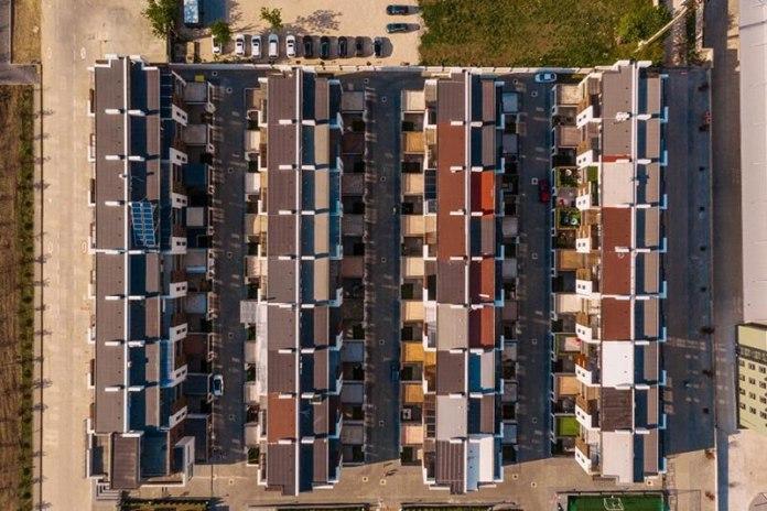 Segment czy mieszkanie w Warszawie A może od razu dom na przedmieściach