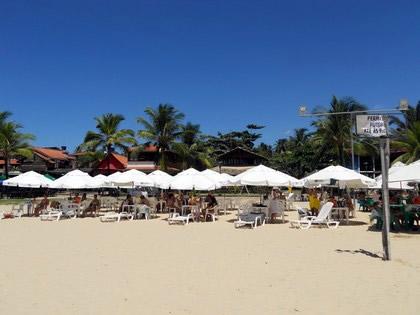 A praia é dividida em áreas