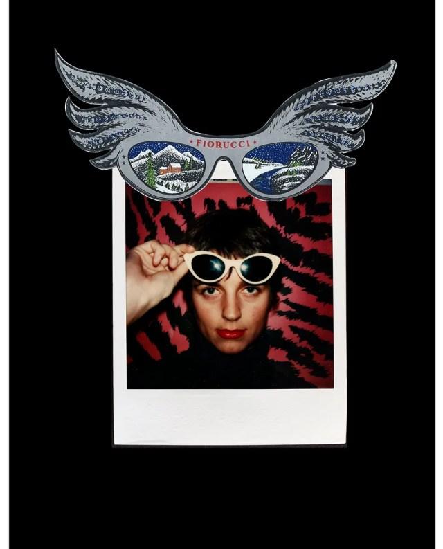 Ritratto di Karla Otto e sticker per occhiali nella rielaborazione grafica di Franco Marabelli, stretto collaboratore di Elio Fiorucci.