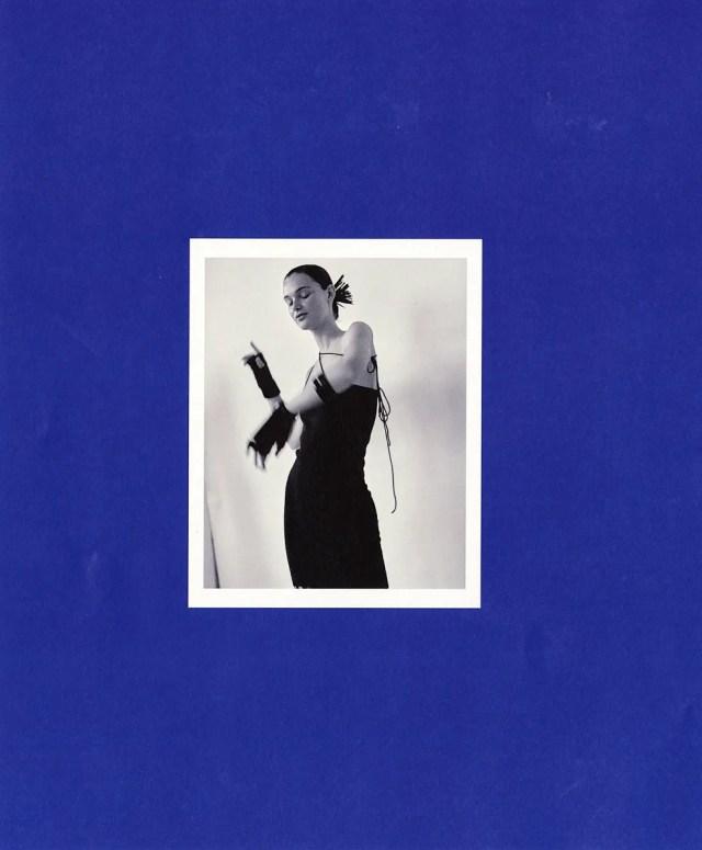Dress Extreme Cashmere, Gloves Le Bonnet, Tights Wolford, Bracelets Vintage
