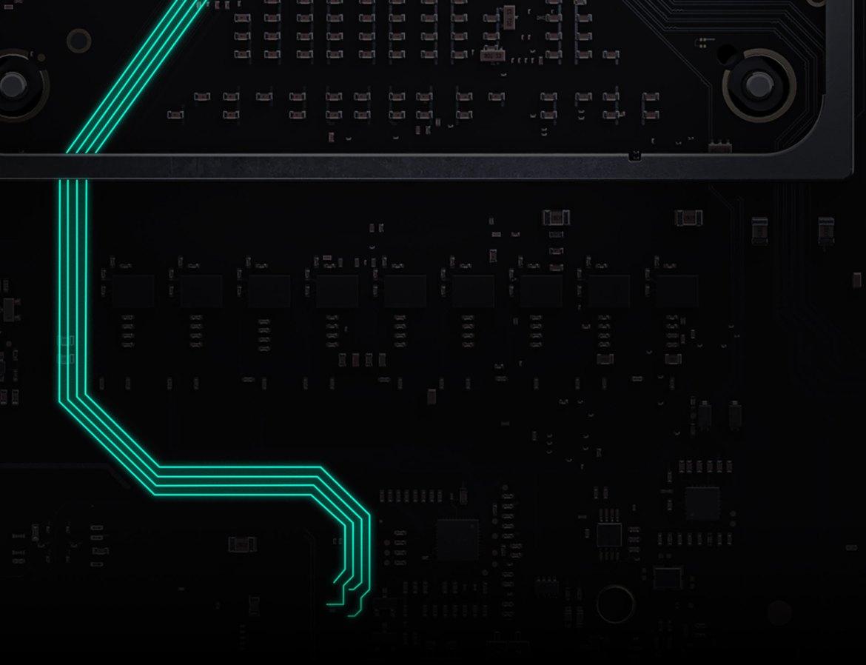 SSD de Xbox Series X con piezas brillantes