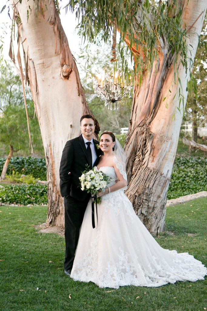 Temecula bride and groom portraits for Temecula wedding at wedgewood galway downs wedding venue