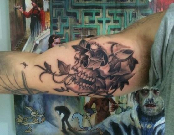 Simple Hugin And Munin Tattoo