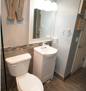 small bathroom remodelling