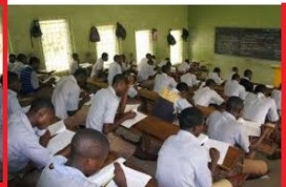 WAEC 2018 Christian Religious Studies Questions & Answers /WAEC 2018 CRK Objective & Theory Questions and Answers