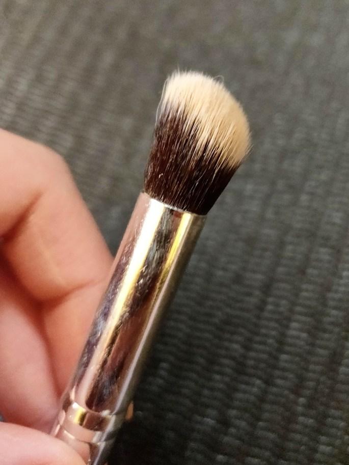 dense concealer brush for extra coverage under eyes, eyelids, blemishes, scarring, etc.