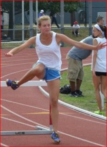 A 'lazy' trail leg causes deceleration off of the hurdle.