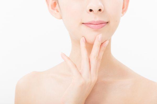 顎ニキビが出来る原因と自分でできる5つのケア