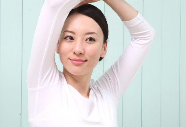 脇汗の黄ばみがある人は絶対やるべき!改善&対処策