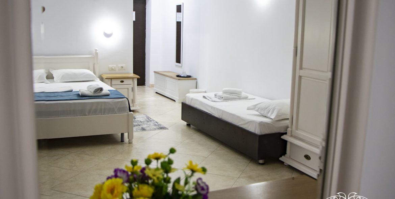 Cameră triplă Hotel Poenița Costinești