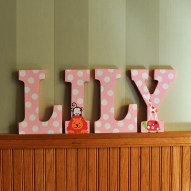 hand painted letters lily 2