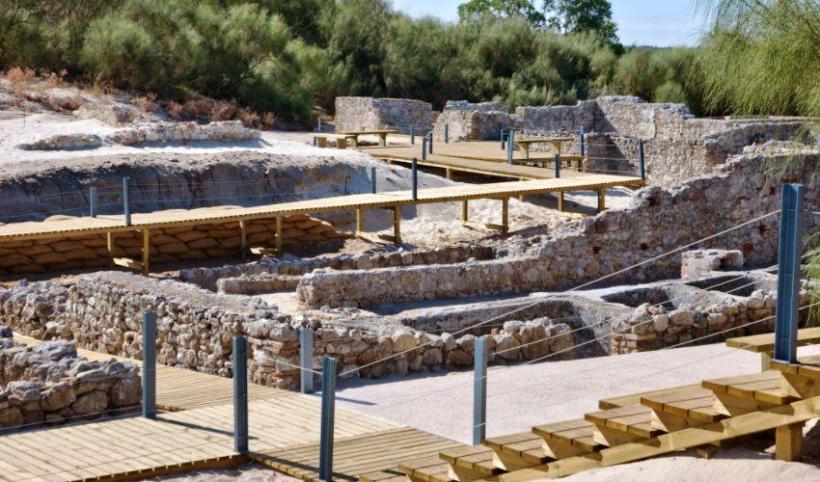 Roman Ruins Troia