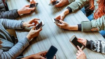 """A invasão das Redes Sociais Virtuais em nossas vidas - Uma reflexão sobre o filme """"O Dilema das Redes"""", baseada na Terapia de Aceitação e Compromisso. 15"""