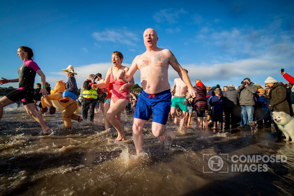barry-island-new-years-day-dip