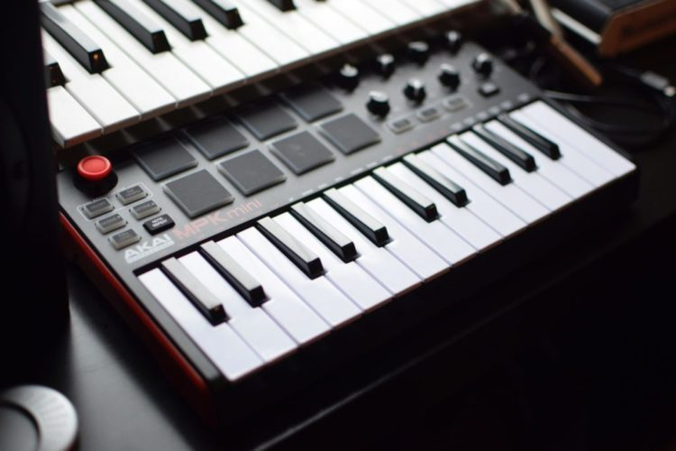 clavier-maitre-akai-mpk-mini