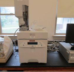 Photo of HP 6850 Series Gas Chromatograph System.