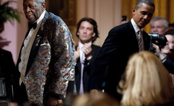 Red, white & blues event, president barack obama sings sweet home chicago in 2012. Sweet Home Chicago The Obama Version