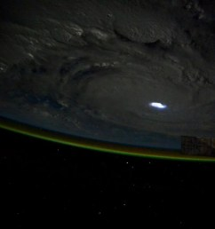 cyclone [ 1440 x 959 Pixel ]
