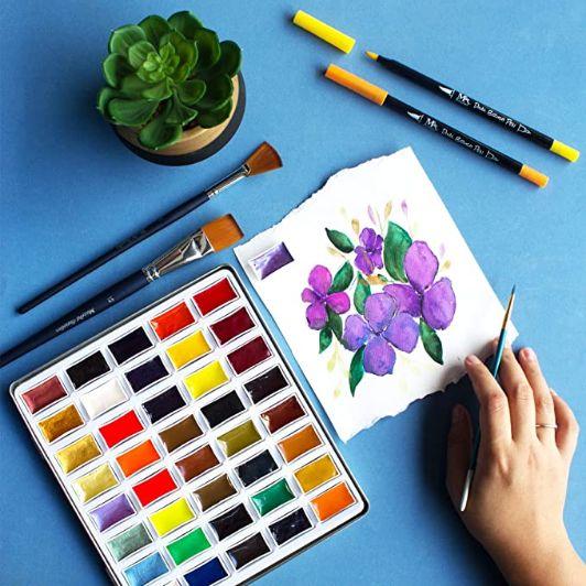 Acuarelas Japonesas Komorebi - pastillas y pintura de flores lilas