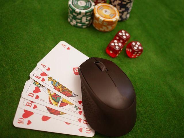 Ratón para jugador de poker