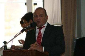 asesor-legal-firma-a-favor-de-coopex-foto-jose-luis_note_principal