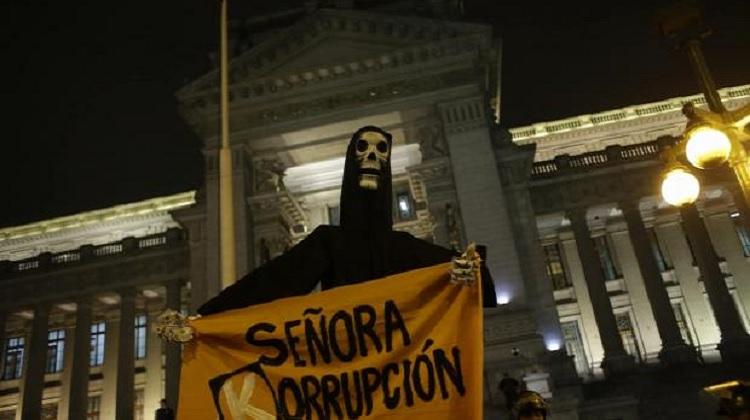 Hartazgo ciudadano: la percepción de las víctimas de corrupción