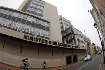 ¿Qué implica la propuesta de descentralizar el Ministerio de Economía y Finanzas?