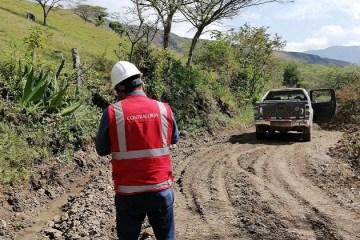 Piura: alertan deficiencias en ejecución de obras viales en Ayabaca