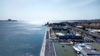 Roteiro de Lisboa: vista do Padrão dos Descobrimentos, em Belém