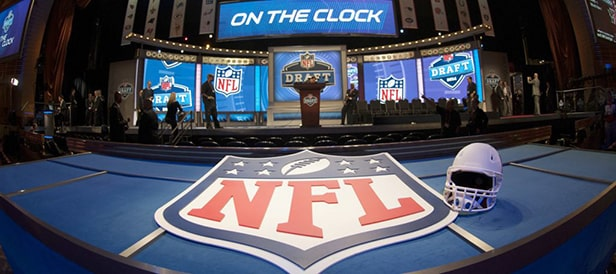 Draft NFL - recrutement de joueurs universitaires football américain