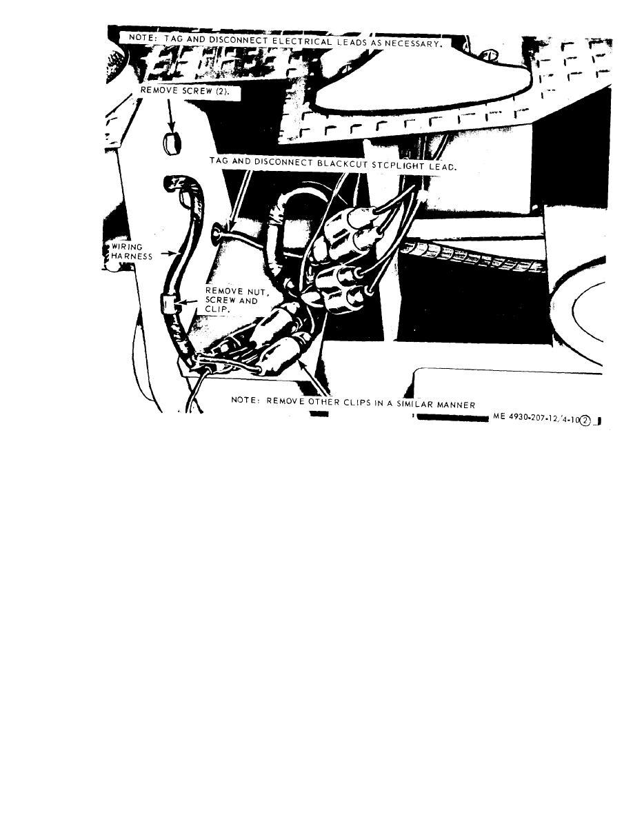 Figure 4-10. Reflectors, blackout-stoplight, taillights
