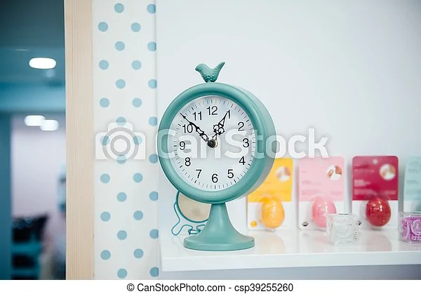one o clock on
