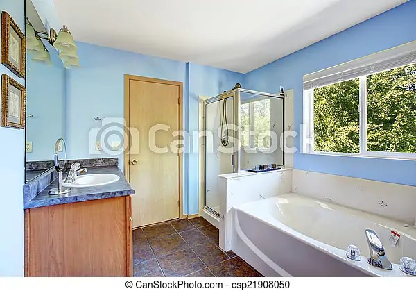 https www canstockphoto fr bleu salle bains tr c3 a8s lumi c3 a8re 21908050 html