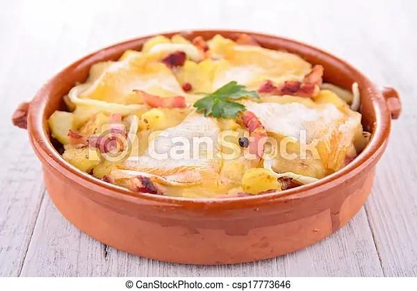 Gratin. pomme terre cuite four.