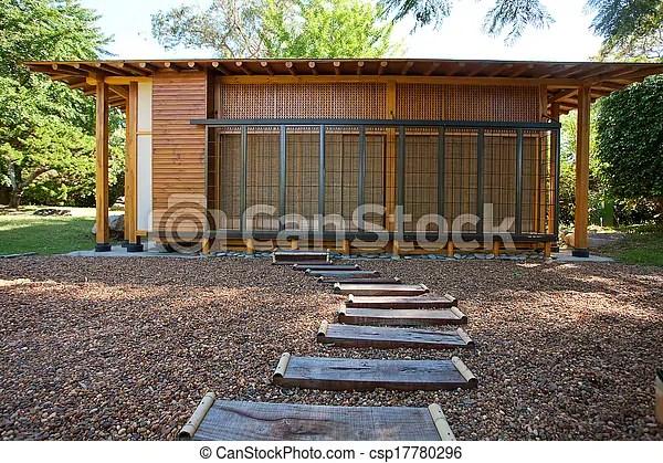 https www canstockphoto fr maison bois style japonaise petit 17780296 html