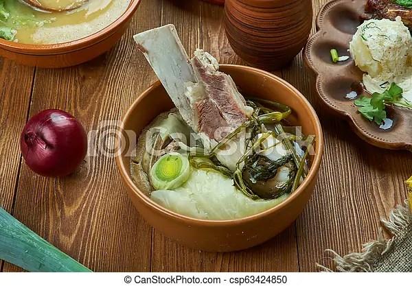Farikal. norvegese. Spesso. montone. farikal. tradizionale. assortito. cavolo. frumento. vista.. norvegese. pepe nero. osso. | CanStock