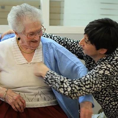 Conseil et essayage dans notre dans les EHPAD et maisons de retraite